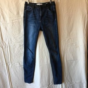 Bullhead Two Tone High Rise Skinniest Jeans